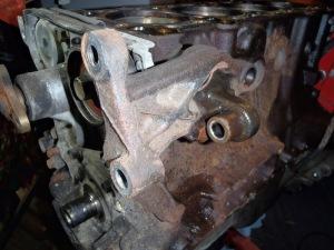 Air con pump bracket